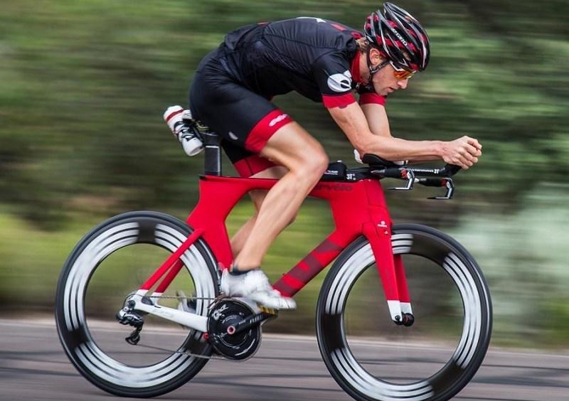 Tri Bikes And Road Bikes Compared
